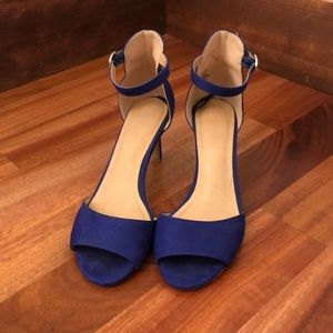 LIKE NEW H&M Blue Suede Ankle Strap Low Heel